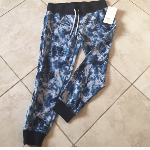dd496400c 💙New Lululemon No Sweat Pant💙