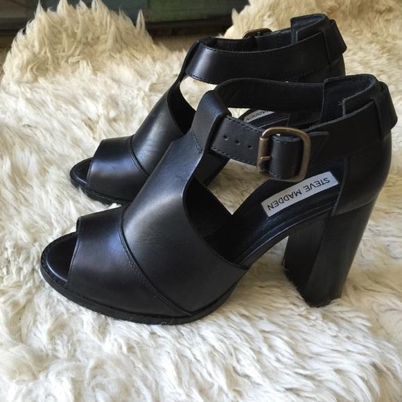 Steve Madden Shoes - Steve Madden peep toe chunky heel