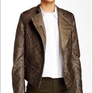 🎉🎉HOST PICK🎉🎉Amazing embroidered jacket