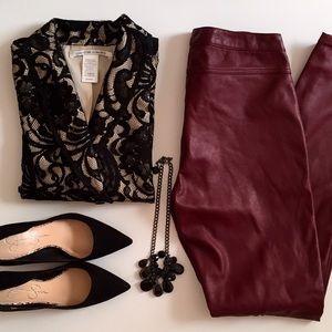 🌟HP🌟Super cute black lace blazer.