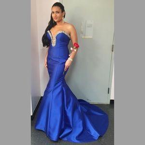 Blue mermaid jovani prom dress