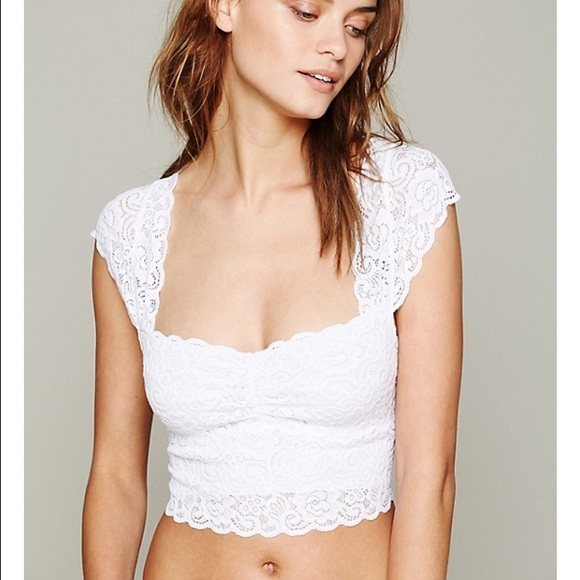d3e2985a03a5d9 New With Tag Free People White Lace Crop Top😎