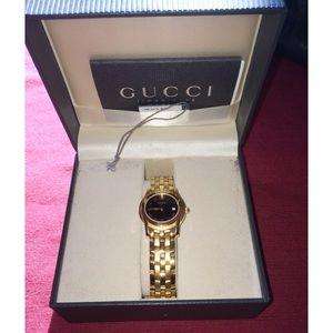 Gucci Accessories - Auth. GUCCI Gold plated Ladies Quartz Watch