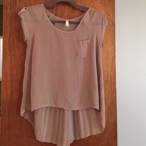 Tops - Tan pleated blouse