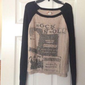 Mudd Sweater Black and Tan size M