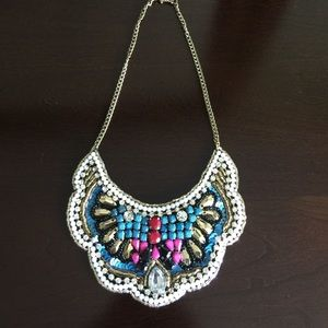 Jewelry - 🎉🎉HP pick 🎉🎉Stunning collared necklace