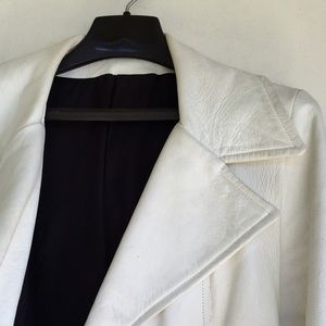 Groovy Mod White Leather Vintage Coat