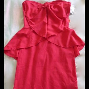 H&M Dresses & Skirts - Sweetheart neckline peplum dress