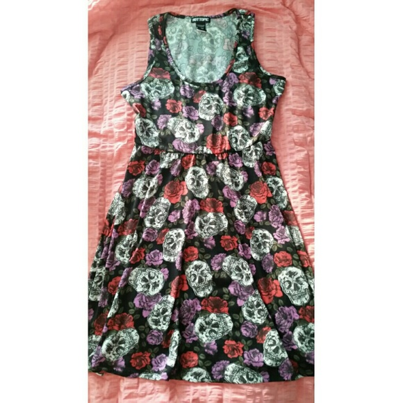 Hot Topic Dresses   Skirts - Hot Topic skull and floral dress 160e7c1ea