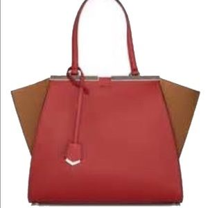 Fendi 3jours large trapeze bag. New!