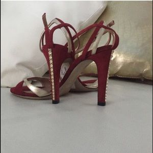 100% Authentic VALENTINO burgundy heels 