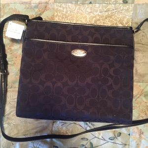 Coach Handbags - NWT Signature Crossbody File Messenger bag
