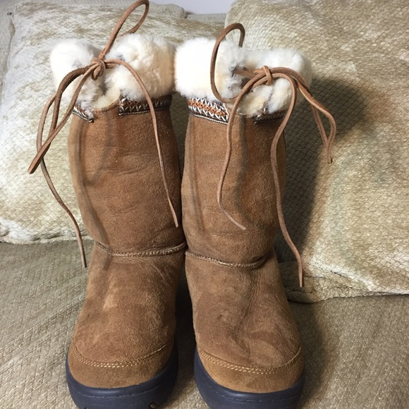92055a309ae UGG Ultimate Cuff Boots - Chestnut - Size 8 Women