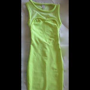 H&M Dresses & Skirts - Sexy knee length bodycon dress
