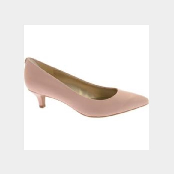 76% off Bandolino Shoes - Bandolino low heels-light pink from ...