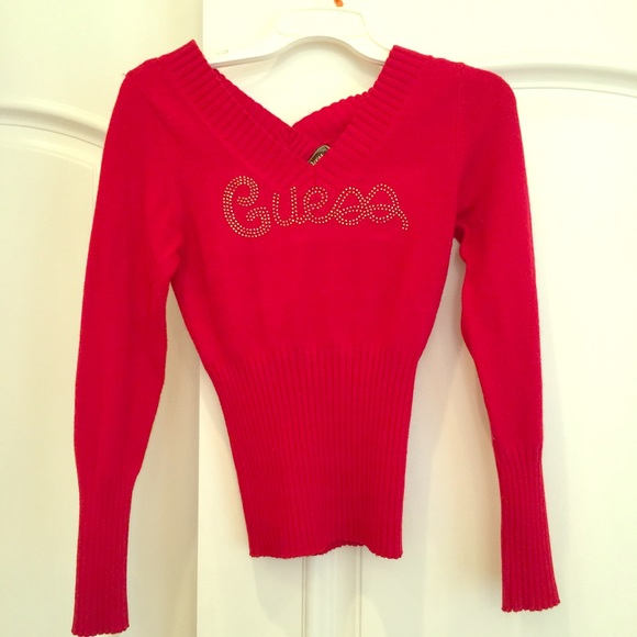 variety design popular style modern techniques Red Guess V neck sweater
