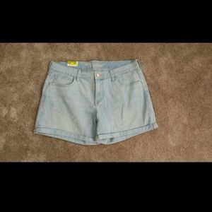NWT Old navy cuffed shorts size 12!