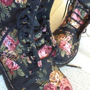 Floral authentic Doc Martens/Dr. Martens/Docs