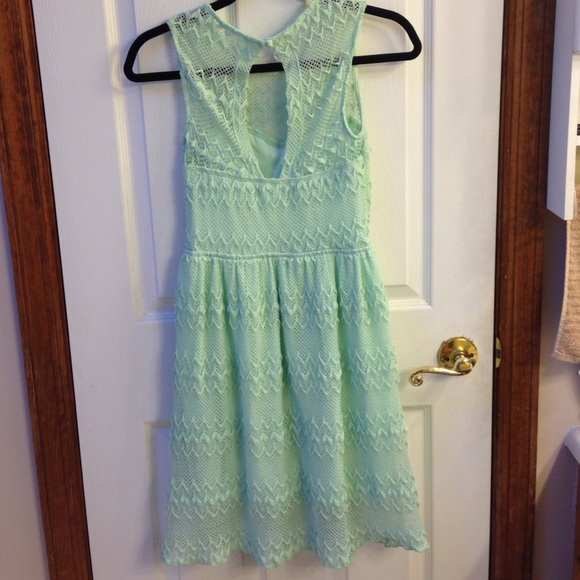Modcloth mint lace dress
