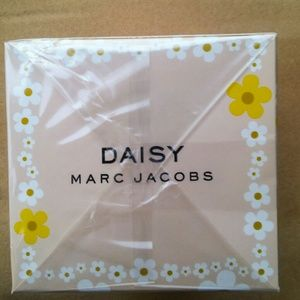 Marc Jacobs Other - authentic marc Jacobs Daisy 4.25 FL OZ  Sealed
