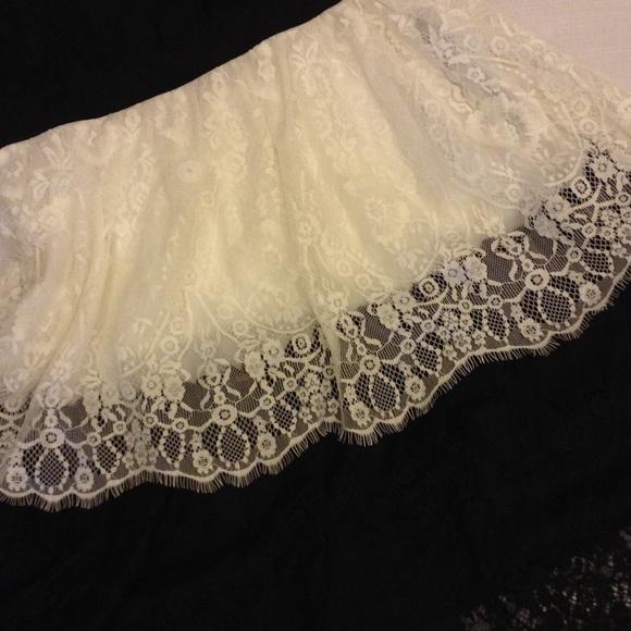 C luce white dress yello