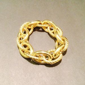 Jewelry - Gold Tone Chain Link Bracelet