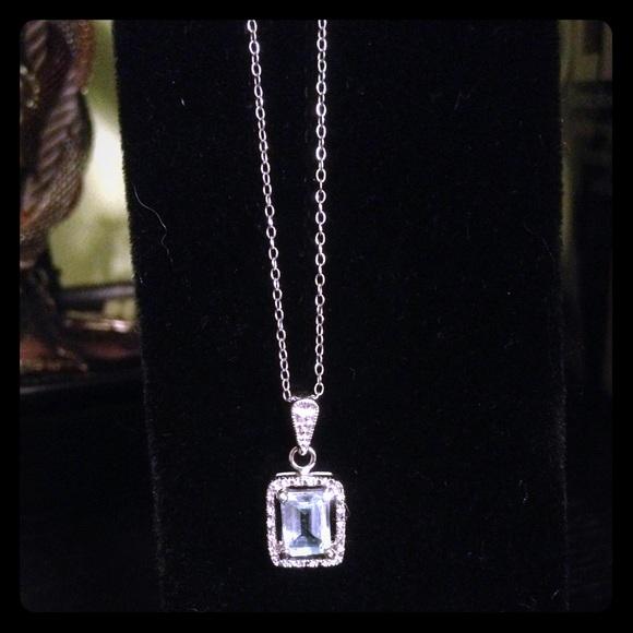 topaz single women over 50 Free shipping on all david yurman rings for women at nordstromcom totally  free  david yurman 'labyrinth' single loop ring with diamonds $1,45000 (4.