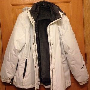 White below zero winter coat. Brand New!!!