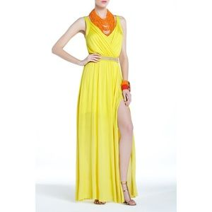 ✨Host Pick!✨BCBG Yellow Pernilla Maxi dress