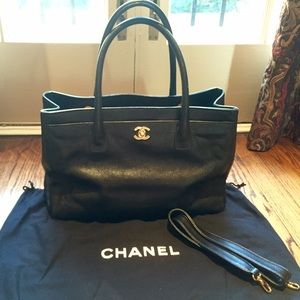 bd9aefbc05aa CHANEL Bags - CHANEL Caviarskin Executive Cerf Tote Shoulder Bag
