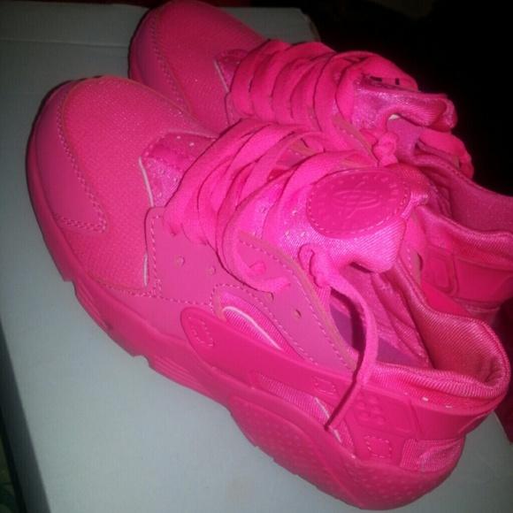 Buy Online all pink nike huarache Cheap