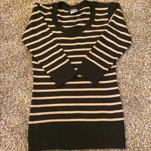 A. Byer Sweaters - NWOT Tunic Sweater