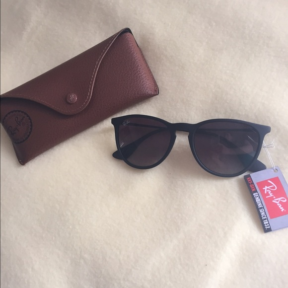 10f6be61a5 Authentic Erika Ray Bans