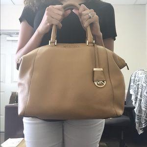 3951e13462de Michael Kors Bags - Michael Kors Riley Pebbled Leather Satchel