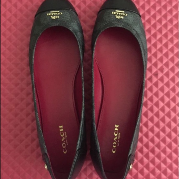fa951522cad1 ... coupon code for coach chelsea signature ballet flats 5568a 36d95