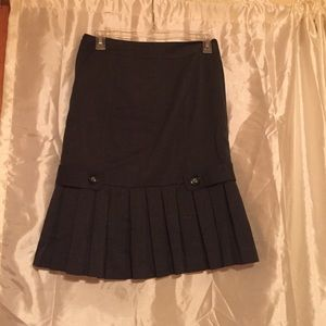 A. Byer Dresses & Skirts - A. Byer half pleated skirt w/ zipper on side.