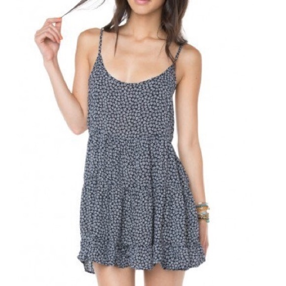 Brandy Melville Dresses & Skirts - 🎉HP🎉 Brandy Melville Jada dress