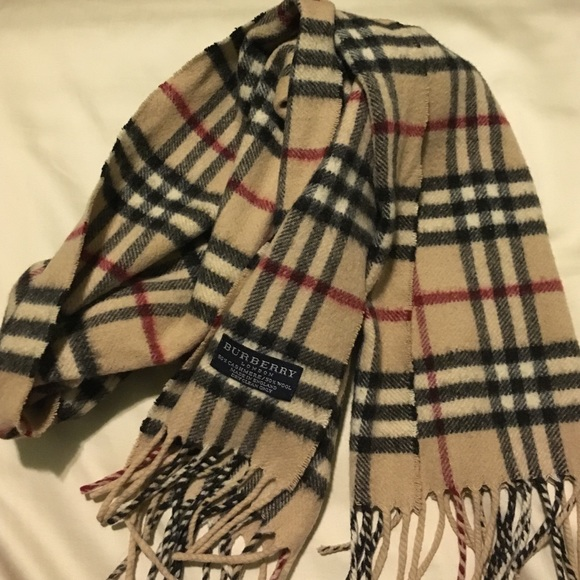 burberry 100 authentic burberry scarf from s