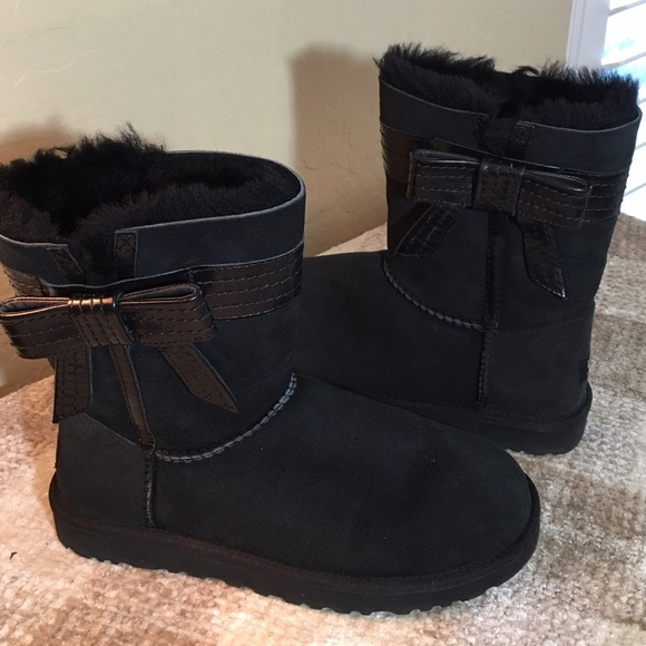 dceeb2baf5a UGG Black Suede Leather Stitched BOW Boots