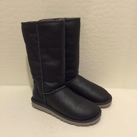 UGG Metallic Gray Tall Boots #5823 size 6