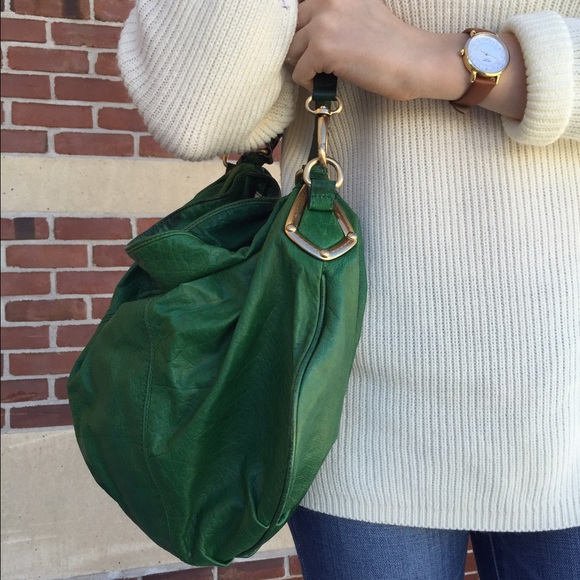 Emerald Green Hobo Bag. M 561dc9407f0a050bfa031b76 21003b65427c