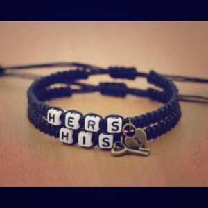 Jewelry - Customize alphabet color couple bracelet 1 pair
