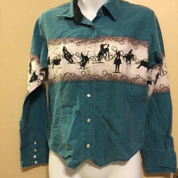f284f63b3 Cumberland outfitters Tops - Cumberland outfitters western shirt💓