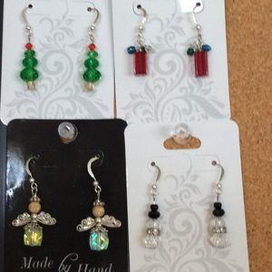 Holiday Earrings! $5/each🎄🎁
