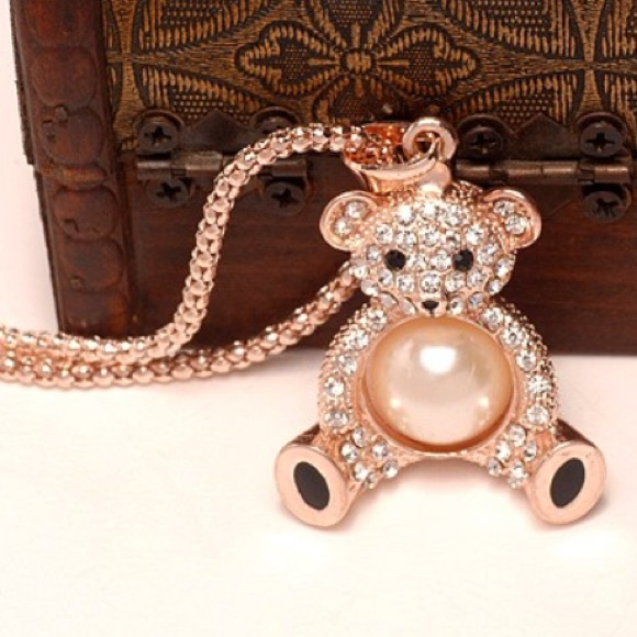 Rose Gold Rhinestone Pearl Teddy Bear Necklace OS from Ting