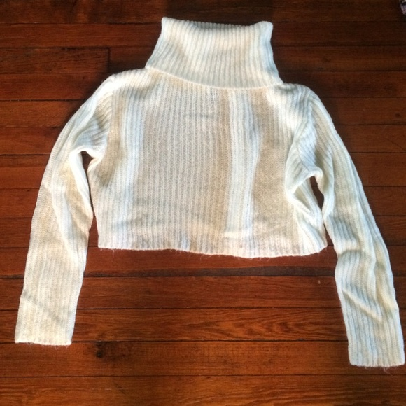 58% off H&M Sweaters - Cropped Cream Turtleneck Sweater from ...