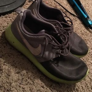 28 nike shoes roches nike running shoes from ruth s