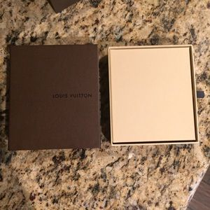 299ee43bfb98 Louis Vuitton Other - 💯 Authentic Louis Vuitton Gift Card holder   Box