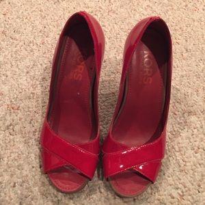MICHAEL KORS red heels