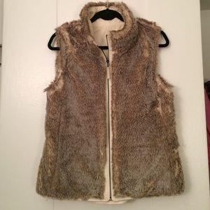 Reversible Faux Fur Vest!